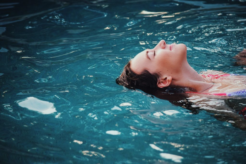 Can float therapy really treat stress? I'm anxious AF, here's what it did for me