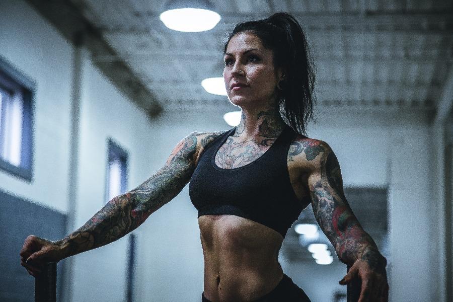 newbie gains woman lifting
