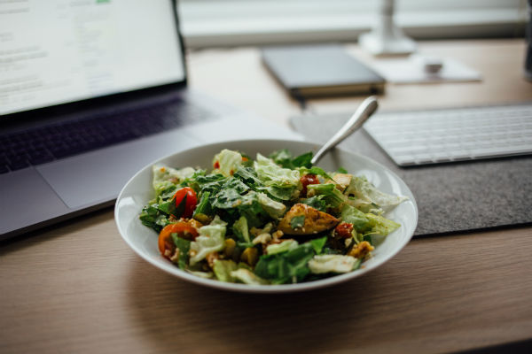 self-care tips healthy desk lunch